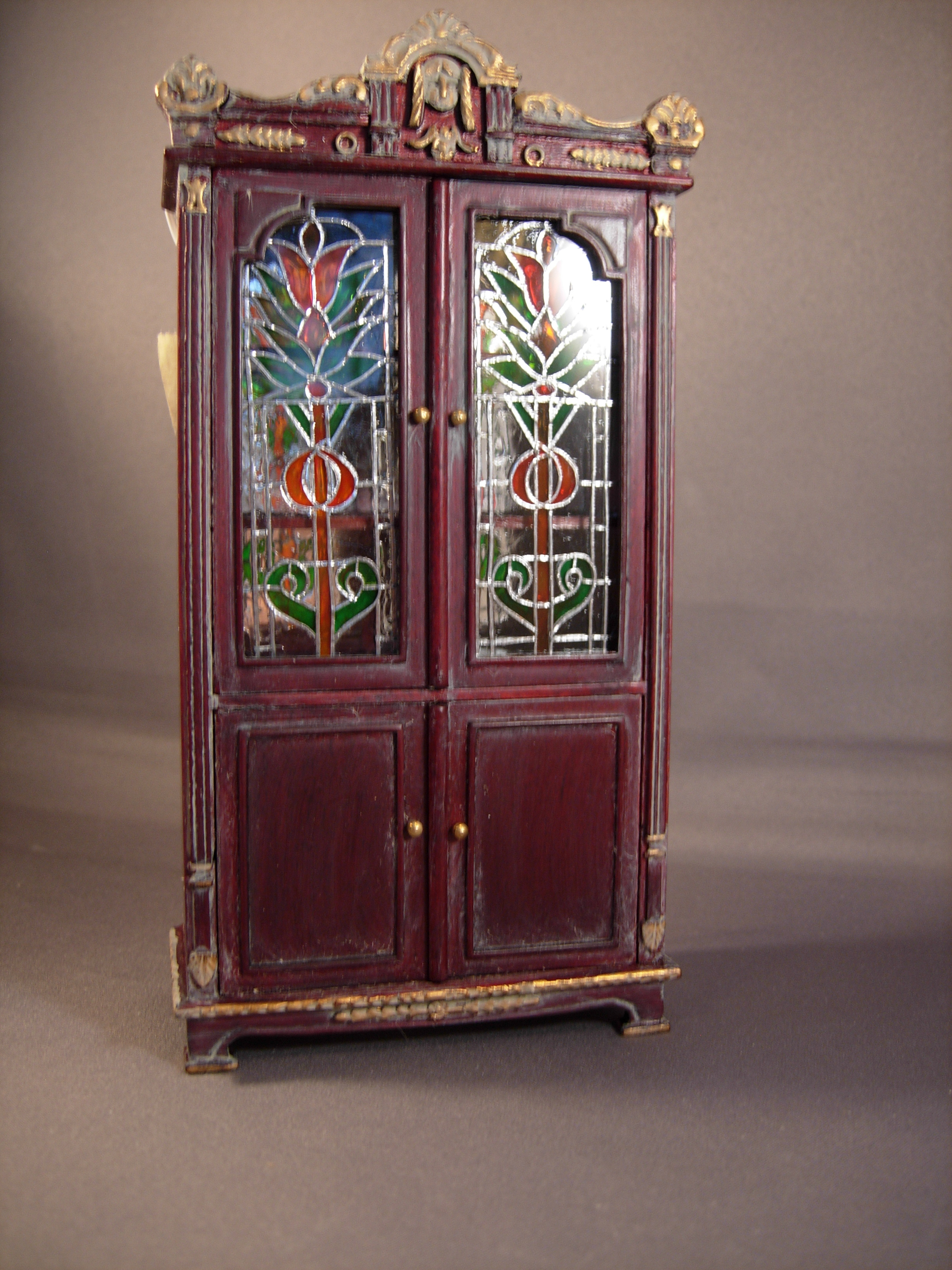 Incroyable Lit Stained Glass Cabinet   $220.